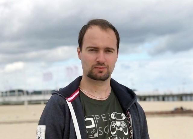 Oto zaginiony Łukasz Kurczyna z Zabrza. Rozpoznajecie?Zobacz kolejne zdjęcia. Przesuwaj zdjęcia w prawo - naciśnij strzałkę lub przycisk NASTĘPNE >>>