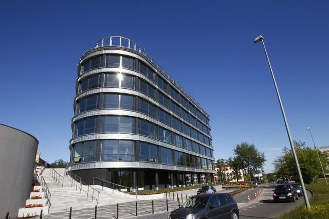 Piastów Office Center przy al. Piastów w Szczecinie.