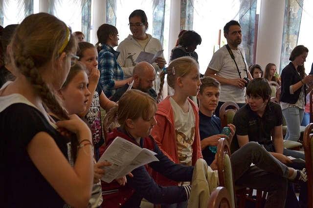W warsztatach wzięli udział młodzi ludzie z Płocka, Sierpca, Karnkowa oraz liczna grupa z Tłuchowa
