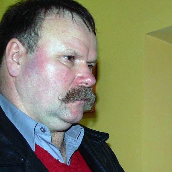 - Wyjeżdżam za granicę i kartę ubezpieczenia załatwiłem na miejscu  - mówi Krzysztof Momot z Wietlina Pierwszego.