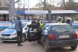 Wypadek na buspasie w centrum Wrocławia. Nie jeździły tramwaje