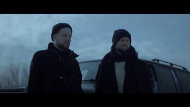 """Martin Lange to duet. Tworzą go Michał Lange i Marcin Makowiec. Singiel """"Oddychaj"""" jest dla nich nowym otwarciem [WIDEO]. Kiedy płyta?"""