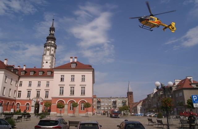 Śmigłowiec LPR na Rynku w Grodkowie.