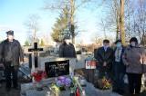 Druhowie OSP w Dziewierzewie kultywują tradycje patriotyczne Pałuk. Umieścili tabliczki na grobach uczestników walk o niepodległość