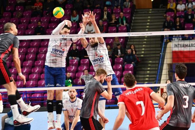 Verva Warszawa Orlen Paliwa zablokowała Benfikę Lizbona i wciąż gra o wyjście z grupy Ligi Mistrzów.