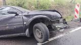 Wypadek na dk 48 koło Inowłodza. Po zderzeniu samochodu osobowego z ciężarówką jedna  osoba ranna [ZDJĘCIA]