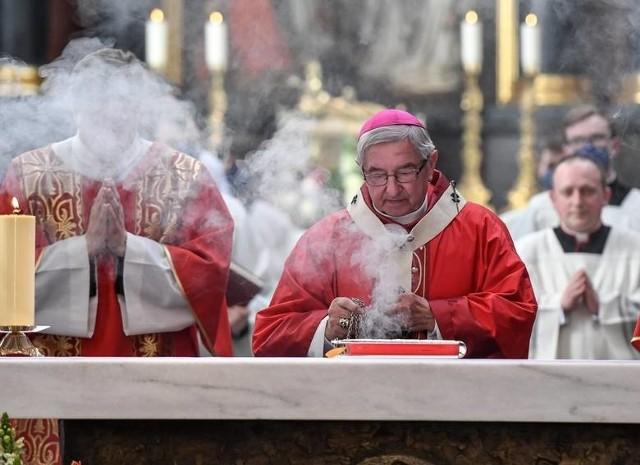 Arcybiskup Sławoj Leszek Głódź został ukarany przez Watykan za chronienie księży pedofili przed karą.