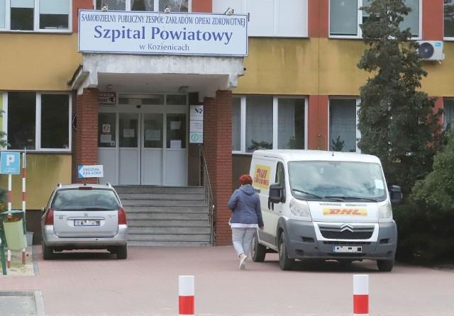 Szpital z Kozienicach tłumaczy zaistniałą sytuację nawałem obowiązków związanych z epidemią koronawirusa.