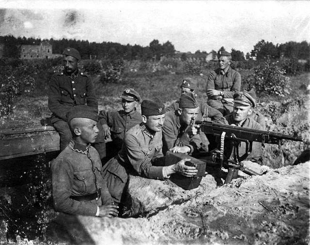 Bitwa warszawska 1920: Polskie pozycje pod Miłosną, sierpień 1920