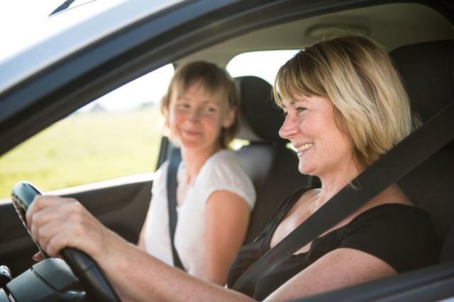 Dzień Kobiet: Panie jeżdżą bezpieczniej niż mężczyźni