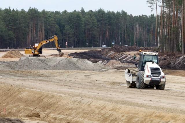 Tak wygląda budowa drogi szybkiego ruchu S19 na południe od województwa podlaksiego