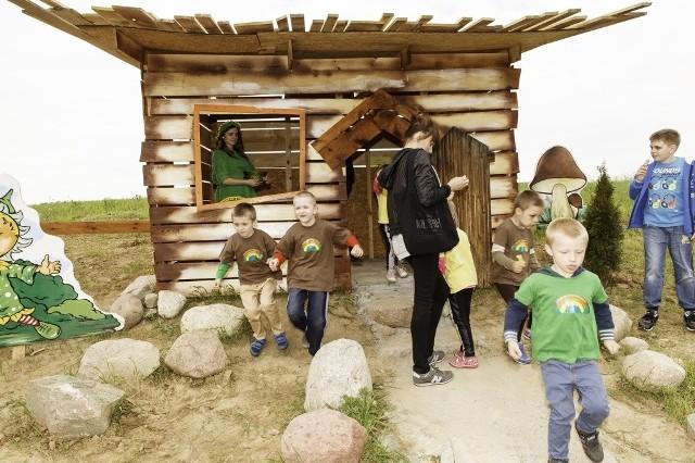 Na otwarciu tematycznej wioski była przednia zabawa.