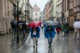 Ostrzeżenie przed marznącymi opadami w Krakowie. Uwaga! Może być ślisko