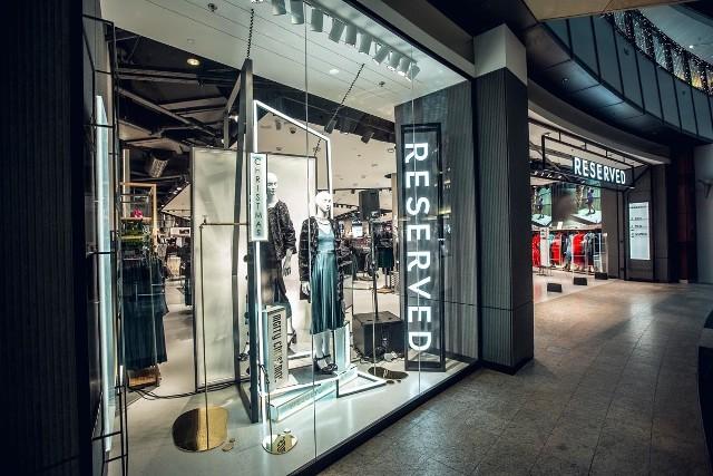 Firma odzieżowa LPP z Gdańska przedstawiła wyniki za II kwartał 2018. NA zdjęciach. nowa koncepcja sklepów marki Reserved, należącej do LPP.