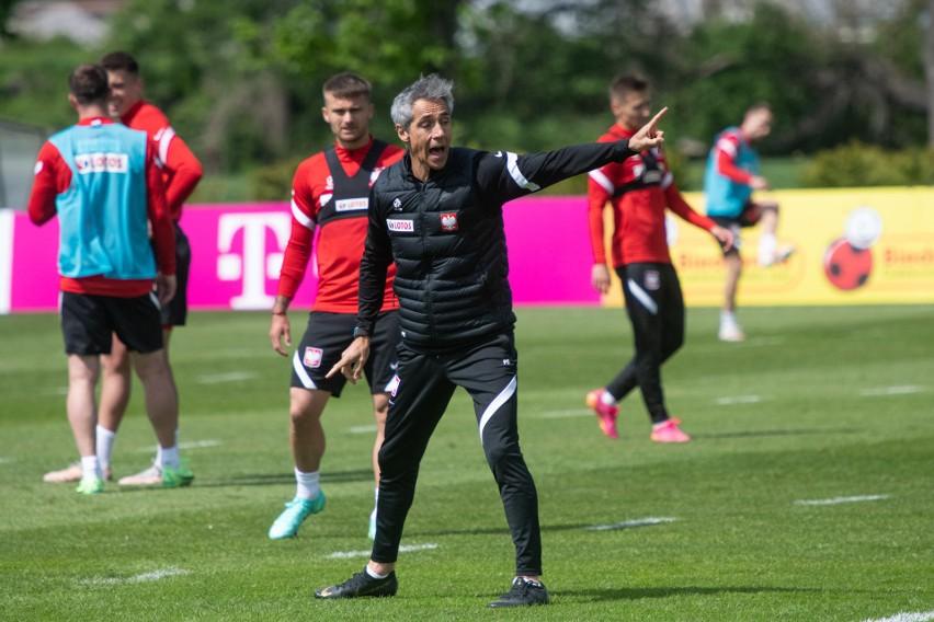 Na porannej sesji treningowej Paulo Sousa zwracał sporą...