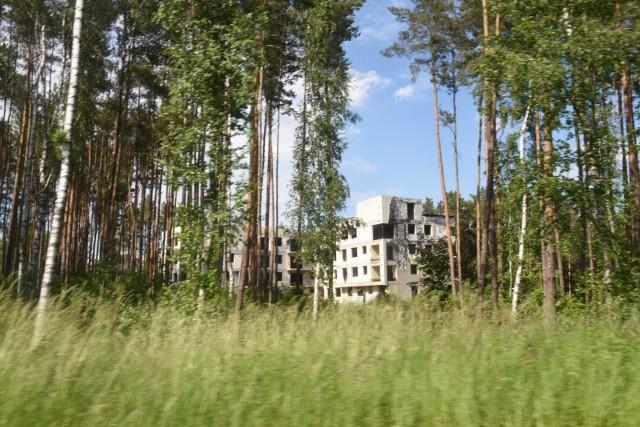 Mieszkańcy miast są coraz bardziej zmęczeni wszędobylskim betonem, brakiem miejsc przeznaczonych na rekreację. Mieszkania z widokiem na park, las czy tereny działkowe dużo szybciej sprzedają się niż inne z widokiem na sąsiedni blok.