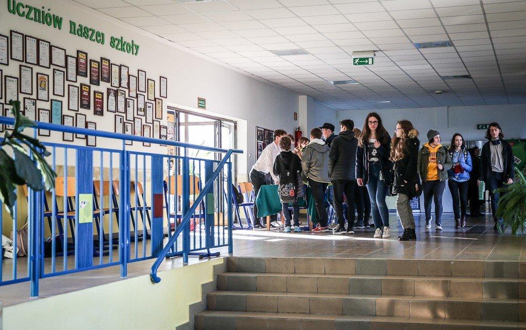 17009b634 Dzień otwarty XX LO w Gdańsku. XX Liceum Ogólnokształcące zachęcało ...
