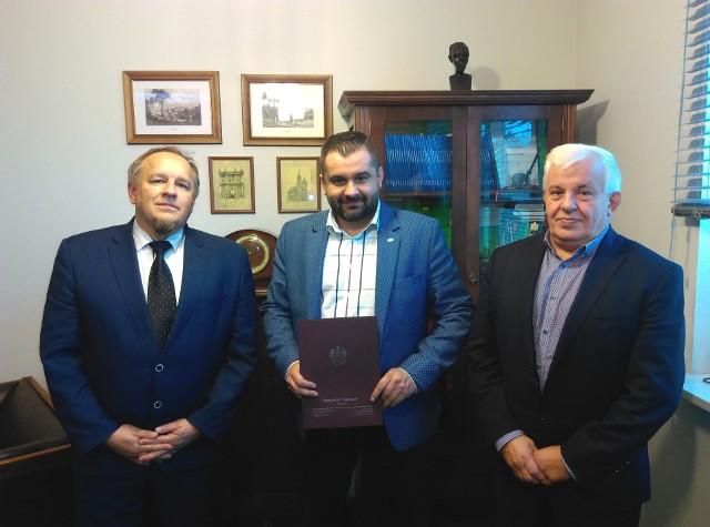 Urząd Gminy Poraj sfinalizował transakcję zakupu prawa użytkowania wieczystego terenów nad Zalewem
