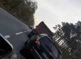 Poważny wypadek pod Nowogrodem Bobrzańskim. Rowerzysta był reanimowany, sprawca jest pijany
