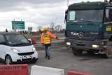 Uwaga kierowcy! Od czwartku przy budowie trasy S5, utrudnienia w ruchu i nowa jego organizacja w Grucznie. Mapa objazdów