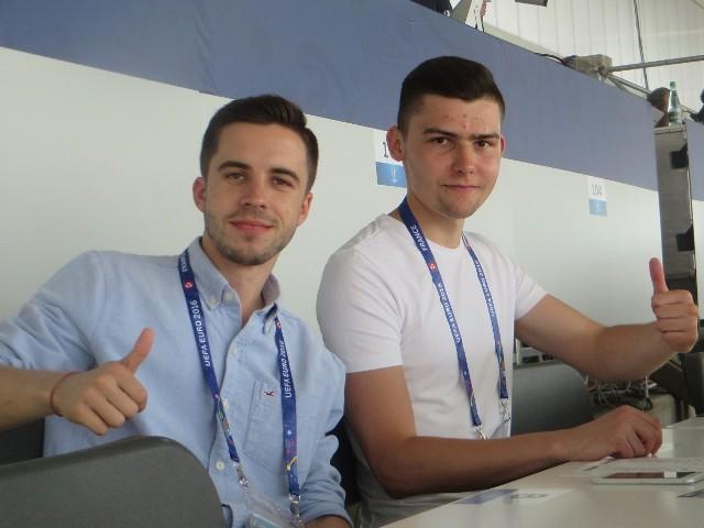 Adrian Duda (z prawej), spełnia się na Euro 2016. Obok Jakub Polkowski.