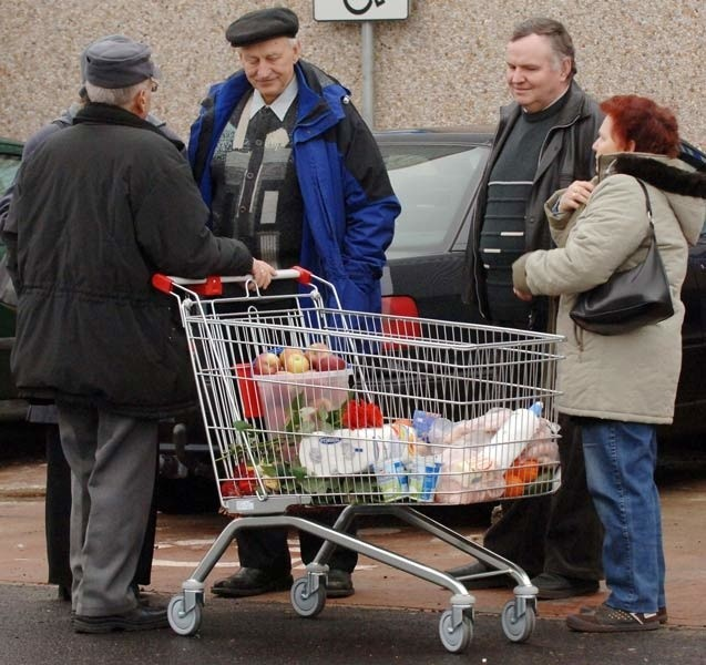 Kaufland w Koszalinie odwiedziło już wielu klientów.