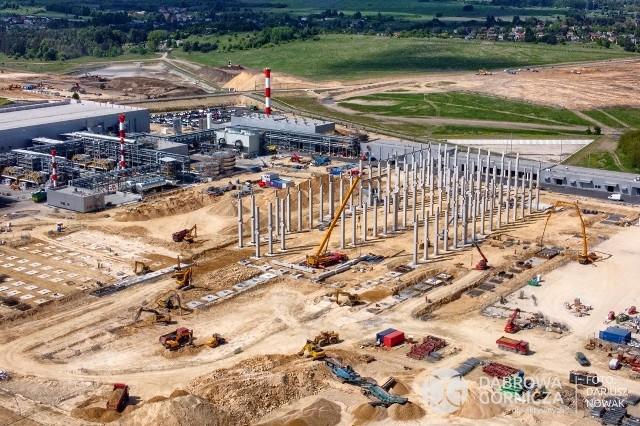Na terenie KSSE w Dąbrowie Górniczej - Tucznawie rosną nowe hale produkcyjne Zobacz kolejne zdjęcia/plansze. Przesuwaj zdjęcia w prawo - naciśnij strzałkę lub przycisk NASTĘPNE
