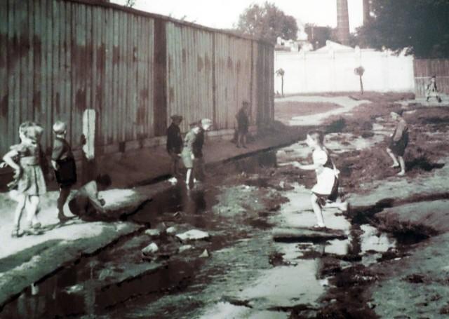 Tak przed wojną bawiło się wiele dzieci