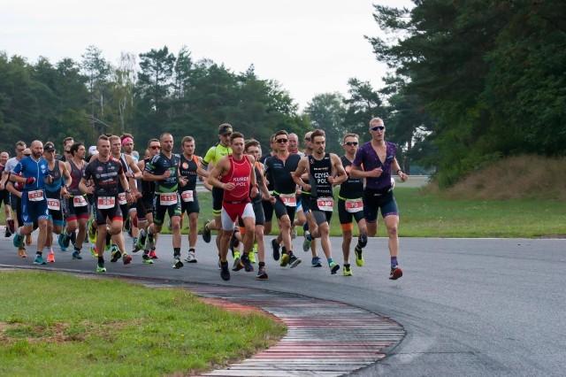 Duathloniści i biegacze pojawili się na Torze Poznań już po raz szósty