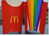 Tęczowe frytki z McDonalds. Czy to był dobry pomysł?