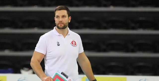 Trener ŁKS Commercecon Michał Masek