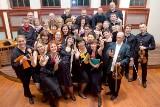 Aulę Wydziału Zarządzania UG wypełnią przeboje o miłości. W ramach swojego jubileuszu w czwartek 13 lutego zaśpiewa chór Non Serio