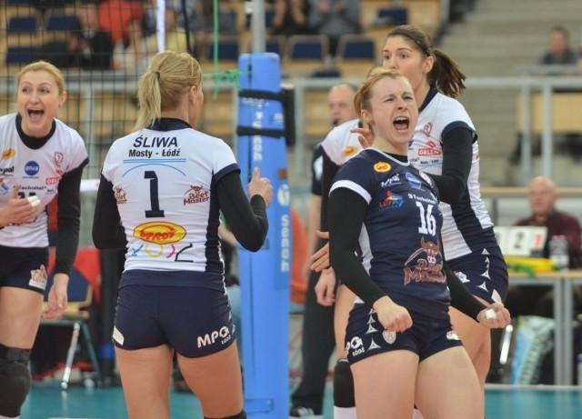 Libero drużyny z Łodzi Agata Durajczyk chciałaby się w piątkowy wieczór cieszyć z wygranej