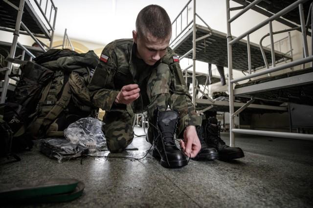 Ponad setka ochotników rozpoczyna służbę w 12 Wielkopolskiej Brygadzie Obrony Terytorialnej