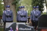 Pogrzeb mł. asp. Michała Kędzierskiego w Raciborzu. Poległy policjant został pochowany z honorami. Żegnali go koledzy po fachu i tłumy