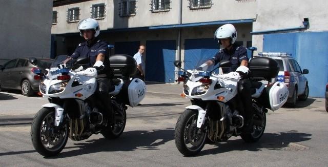 Od wtorku, 11 sierpnia, do boju z piratami drogowymi wyruszają policjanci na motocyklach wyposażonych w wideorejestratory.