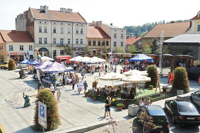 Rynek Górny w Wieliczce. Na zdjęciu Wielickie Miodobranie 2019