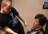 Zobacz, jakie zmiany na głowie czekają pania Małgorzatę (video)