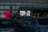 """Ostatni weekend kina samochodowego w Krakowie. Zobaczymy nagradzane Oscarami """"Parasite""""oraz """"Green Book"""""""