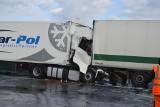 Wypadki na autostradzie A2 koło Skierniewic. Pod Bolimowem doszło do dwóch wypadków w odstępie 500 metrów i 15 minut