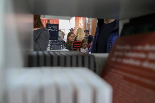 Tegoroczne Międzynarodowe Targi Książki w Krakowie odbędą się między 14 a 17 października w EXPO Kraków.