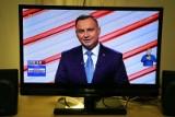 Hot 16 challenge 2: Andrzej Duda podjął wyzwanie rapera Zeusa. Kogo nominował? Zobacz, jak prezydent rapuje 16 wersów tekstu [SŁOWA]