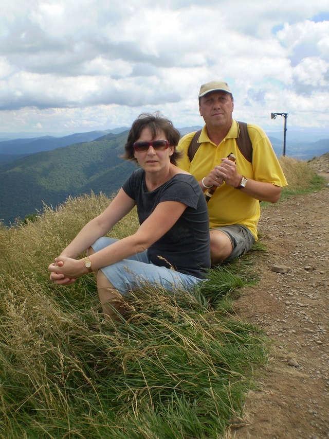 Na bieszczadzkim szlaku - Piotr Rozwadowski z żoną