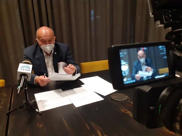 Marek Nowak, były dyrektor szpitala w Grudziądzu: - Obecny zarząd szpitala musi jak najszybciej odejść. Zniszczono 12 oddziałów szpitalnych. Zwolniono kilkudziesięciu lekarzy, pielęgniarki albo doprowadzano do takiego stanu, że sami odchodzili.