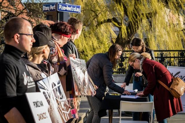 W całej Polsce rusza kampania na rzec zwierząt hodowlanych. Odbyła się w wielu miastach Polski, m.in. Bydgoszczy, Krakowie, odbędzie się także w Poznaniu.