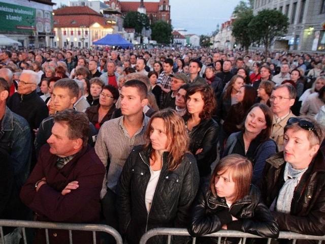 zgromadziły tłumy na Rynku Kościuszki