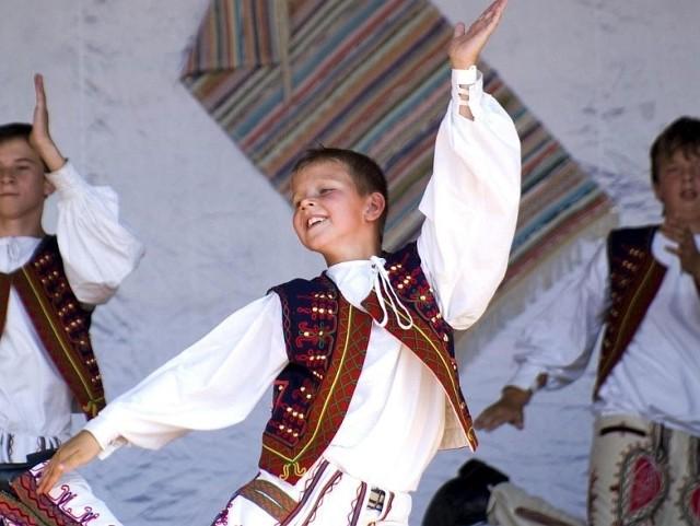 Na festiwalu Podlaska Oktawa Kultur wystąpi m.in. Dziecięcy Zespół Folklorystyczny Kriviancek, który przyjedzie ze Słowacji. Dzieci uczą się zarówno tańców jak i obyczajów ludowych. Podczas festiwalu wystąpi ponad 500 wykonawców z ośmiu krajów.