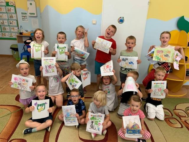 Przedszkolaki z powiatu białobrzeskiego wybrały się w wakacyjną podróż z Klementyną. W sześciu oddziałach przedszkolnych odbywały się półkolonie dla 144 dzieciaków.