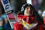 Skoki narciarskie. Kamil Stoch o rekordowym skoku: Nogi są całe, ale trochę się trzęsą. Zużyłem całą energię