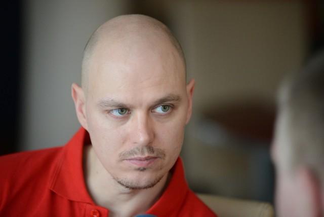 Jarosław Hampel trenował w poniedziałek na zielonogórskim torze.